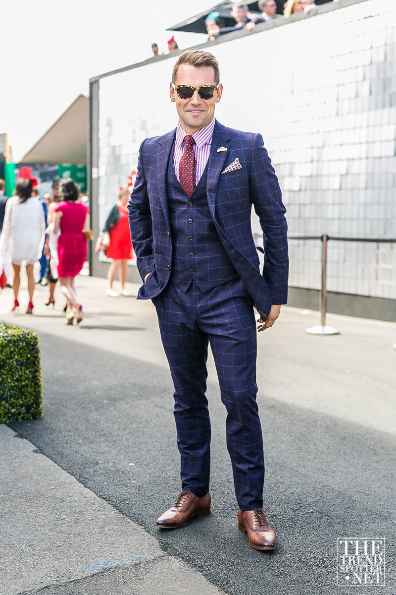 Melbourne-Cup-2015-Street-Style-37