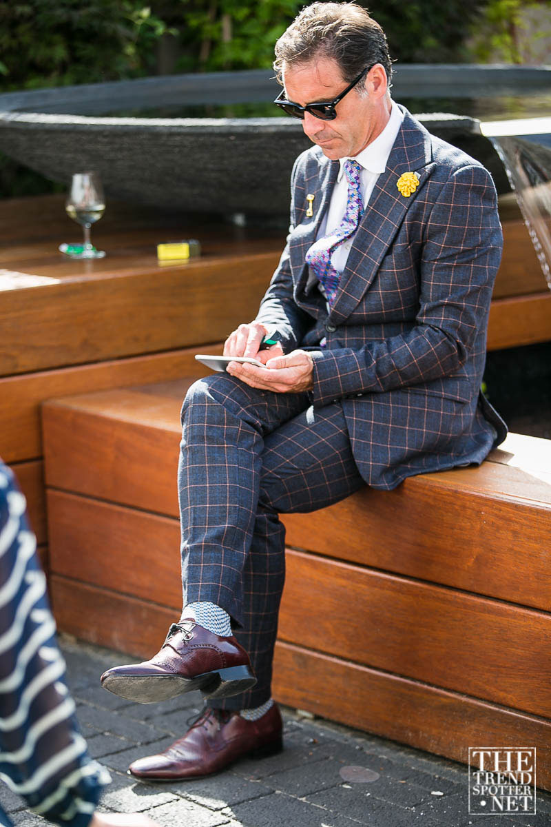 Melbourne-Cup-2015-Street-Style-71