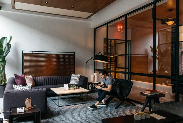 the-tailoread-man-new-york-smith-hotels-the-arlo